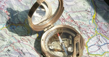Stanley-compass-810x590